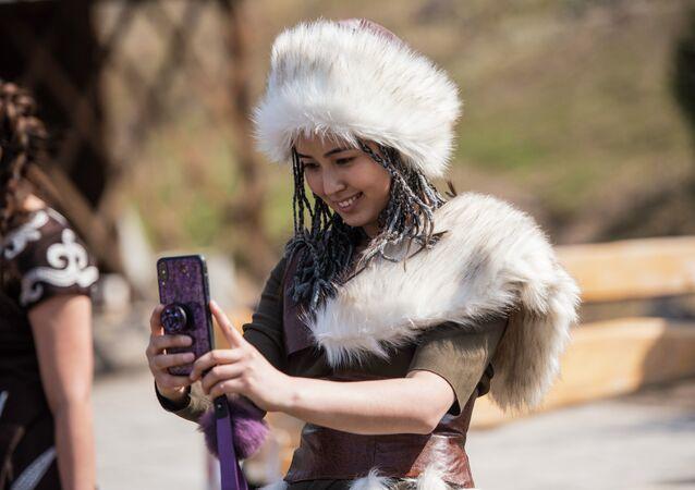 Bişkek'te 40 Kız Yarışması