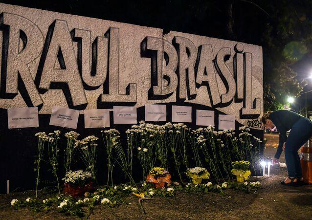 Brezilya'da Sao Paulo eyaletinin Suzano kentinde Professor Raul Brasil isimli okula silahlı saldırı düzenlendi