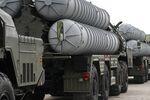 S-400 hava savunma füze sistemleri Rusya'da bir geçit töreninde