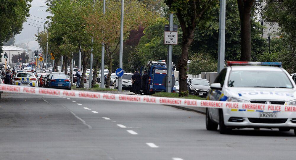 Yeni Zelanda'nın Christchurch şehrinde iki camiye yapılan saldırıların ardından bölgede geniş güvenlik önlemleri alındı