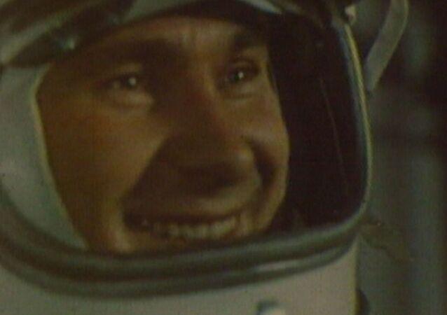 Rus kozmonotun uzay yürüyüşünün 54. yıldönümü kutlanıyor