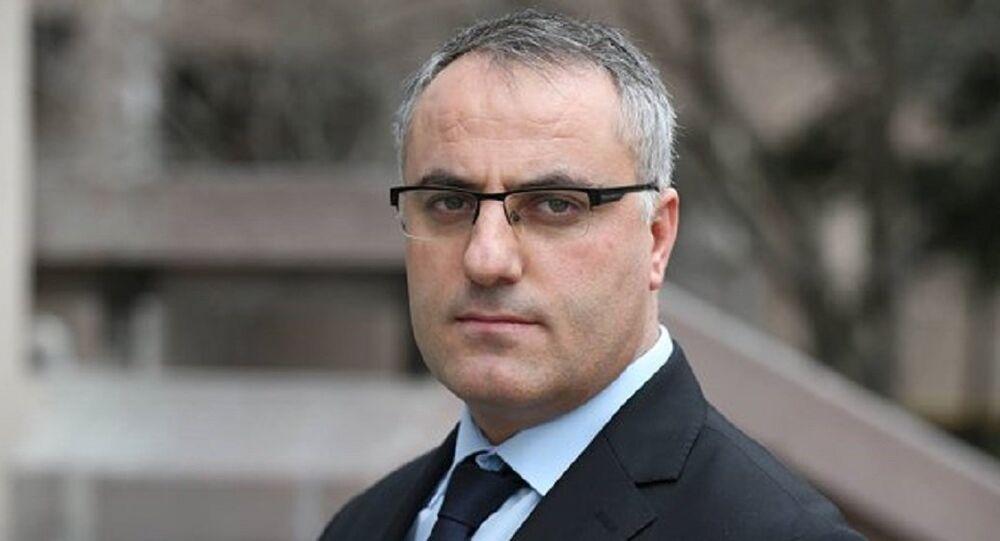 Akit TV muhabiri Mehmet Özmen