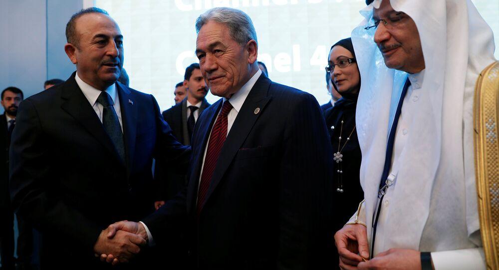 Yeni Zelanda Başbakan Yardımcısı ve Dışişleri Bakanı Winston Peters ile Dışişleri Bakanı Mevlüt Çavuşoğlu