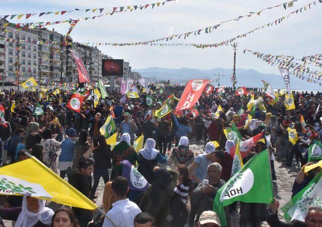 HDP'nin İzmir Nevruz etkinliği