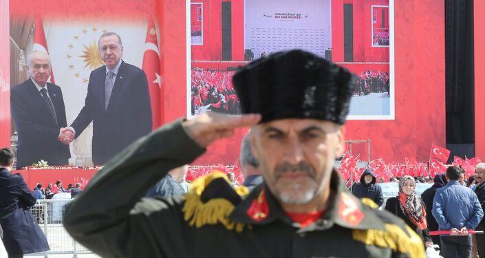 Erdoğan ile Bahçeli'nin katılımıyla Yenikapı'da yapılan 'Büyük İstanbul Mitingi'