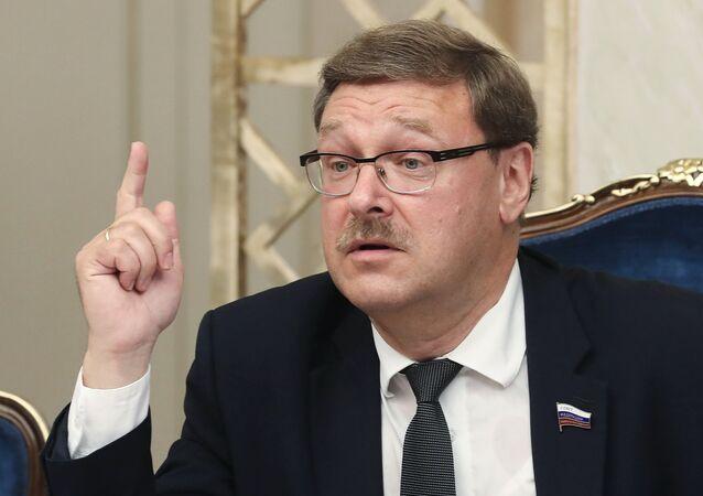 Rus Senatör Konstantin Kosaçev