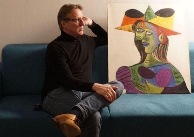 Buste de Femme (Kadının Büstü) dedektif tarafından bulundu. Hollandalı sanat dedektifi Arthur Brand, 2015 yılından bu yana tabloyu bulmak için çalışıyordu.