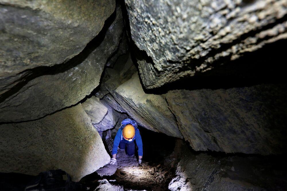 Dünyanın 'en uzun tuz mağarası' İsrail'de keşfedildi.