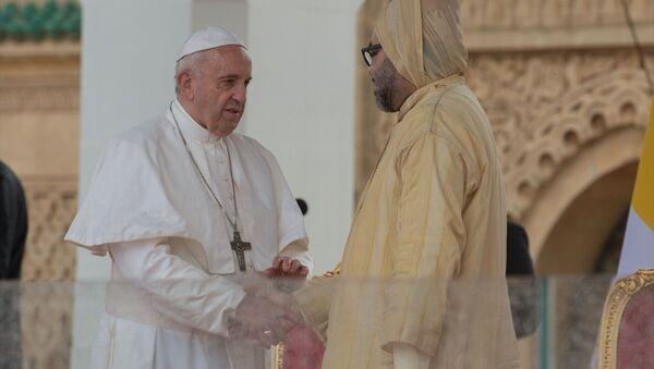 Katolik dünyasının ruhani lideri Papa Francis ve Fas Kralı 6. Muhammed - Sputnik Türkiye