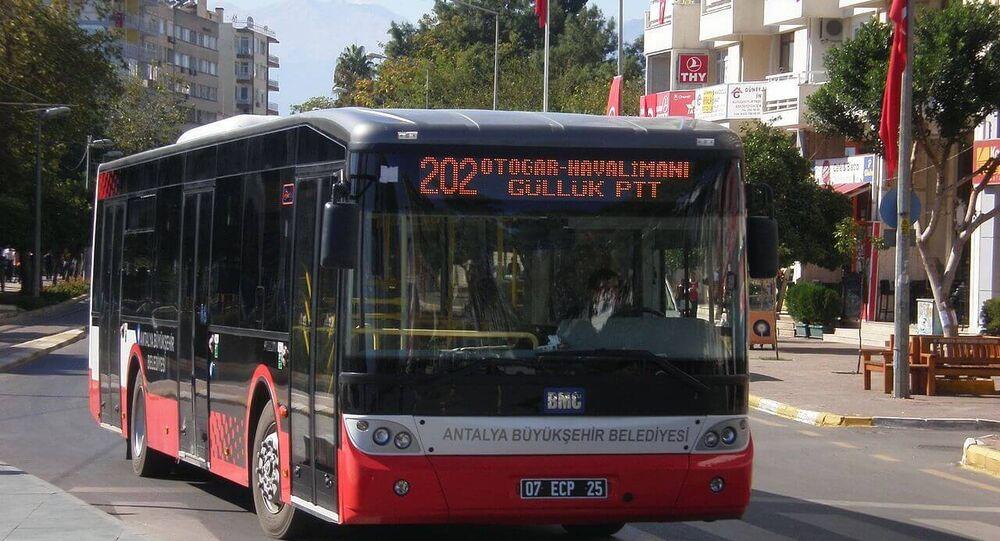 Antalya'da ücretsiz otobüs uygulaması askıya alındı