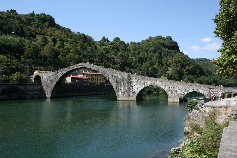 Dünyanın masalsı köprüleri
