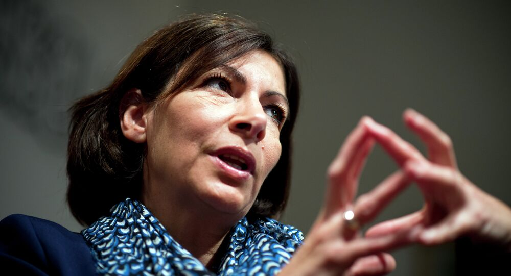 """Paris Mayor Anne Hidalgo told CNN that the city was going to sue FOX News for reports about """"no-go zones"""" for non-Muslims in Paris"""