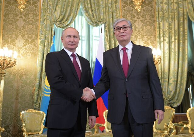 Kazakistan'ın yeni Devlet Başkanı Kasım Cömert Tokayev ile Rusya Devlet Başkanı Vladimir Putin