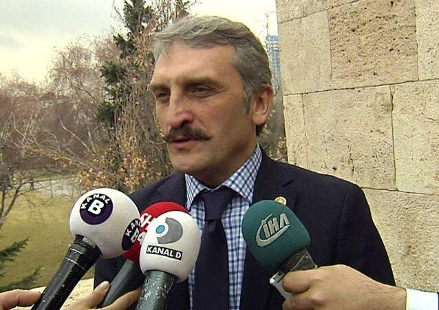 AK Parti İstanbul Milletvekili Ahmet Hamdi Çamlı