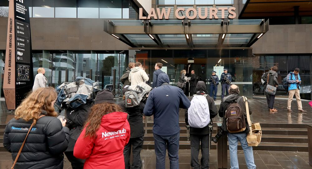 Yeni Zelanda'da 50 kişinin yaşamını yitirdiği cami saldırılarının baş zanlısı Brenton Tarrant, hâkim karşısına çıktı.