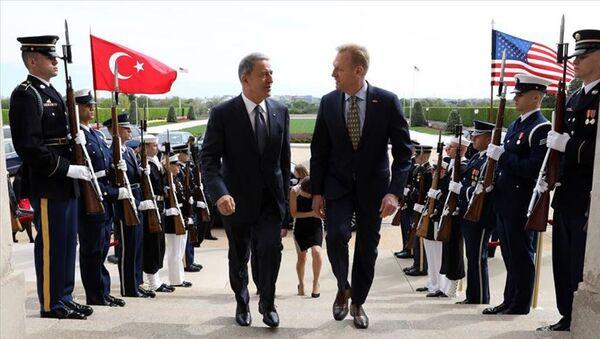 Milli Savunma Bakanı Hulusi Akar - ABD Savunma Bakan Vekili Patrick Shanahan  - Sputnik Türkiye
