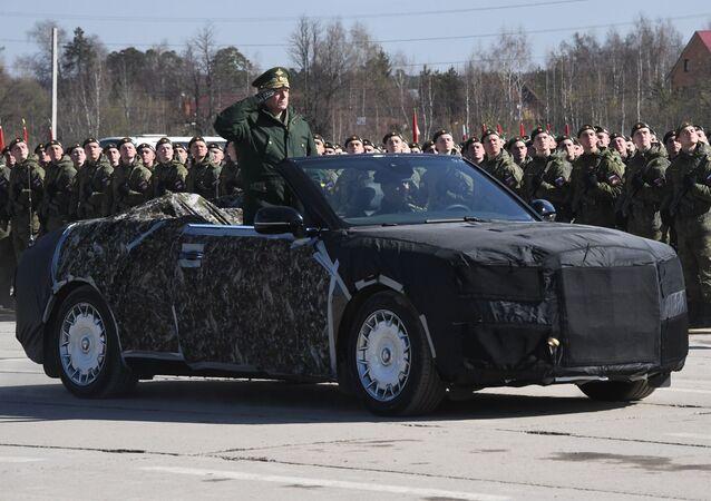 Zafer Günü askeri geçit töreni provası