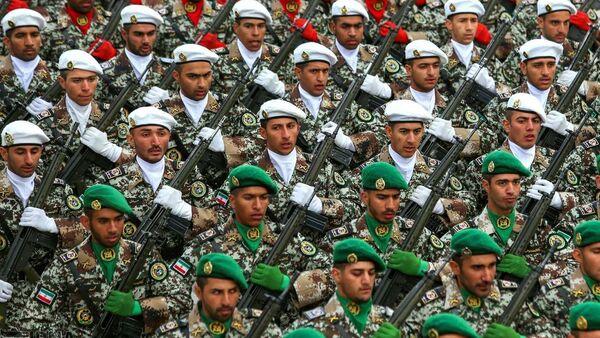 İran'da askeri geçit töreni - Sputnik Türkiye
