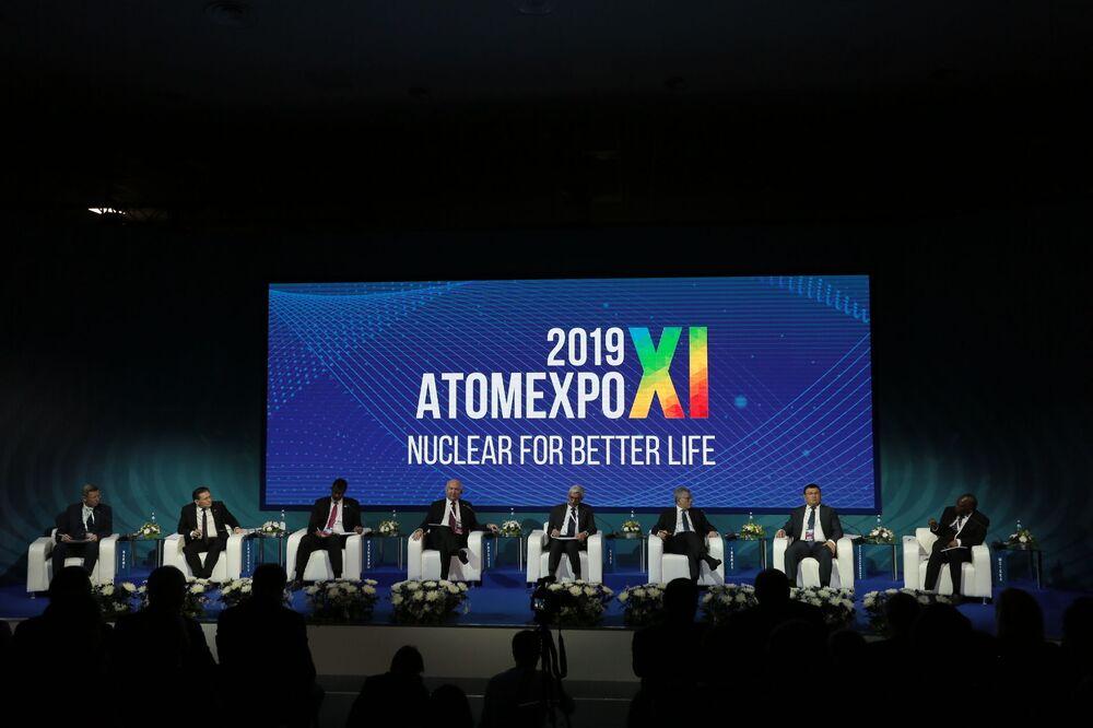 Atomexpo forumu, 'Daha iyi bir hayat için nükleer teknolojiler' sloganıyla düzenlendi.