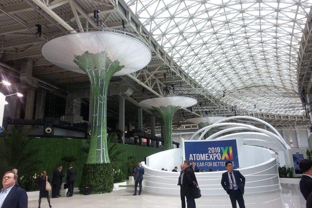 Soçi'de bu yıl 11.si düzenlenen Atomexpo Uluslararası  Nükleer Enerji Forumu'na Rusya Devlet Nükleer Şirketi Rosatom'la işbirliğine başlayan Eczacıbaşı Monrol Nükleer Ürünler şirketi de katıldı.
