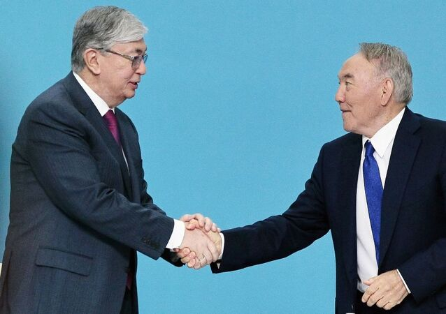 Kasım Cömert Tokayev-Nursultan Nazarbayev