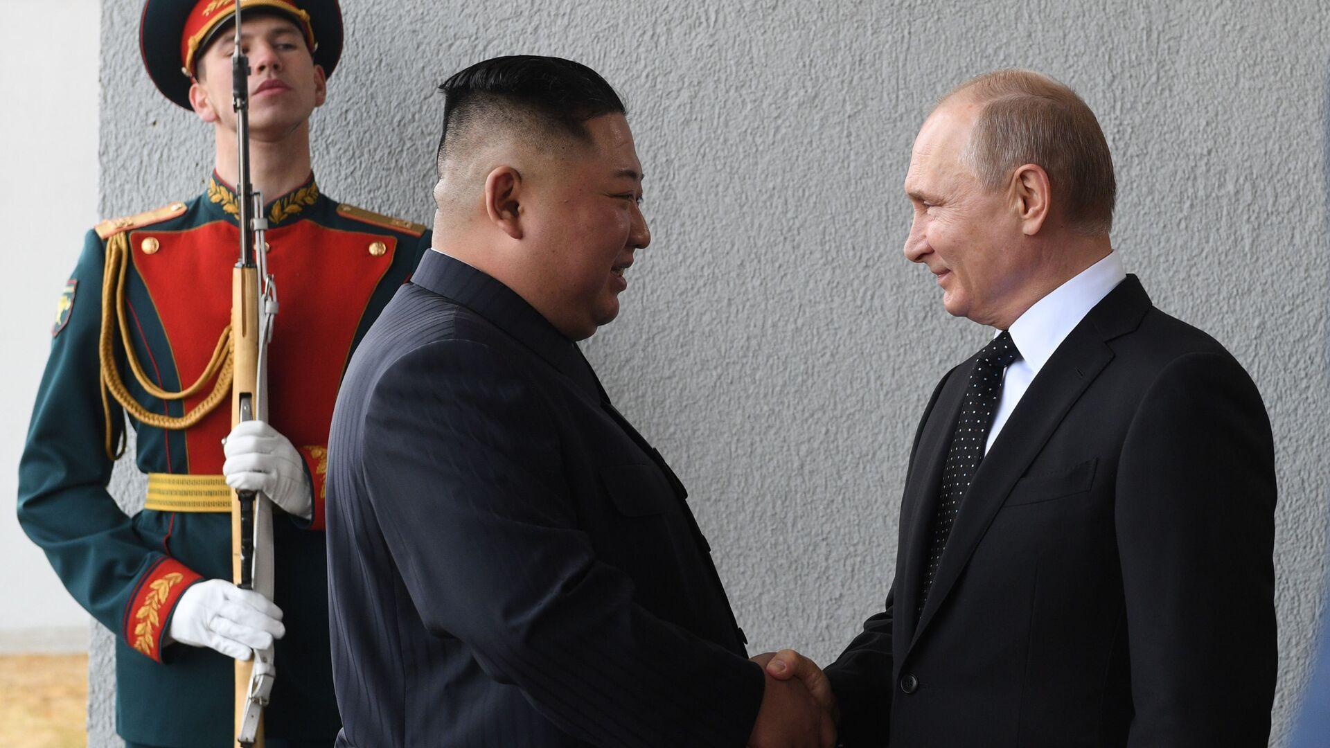 Rusya Devlet Başkanı Vladimir Putin - Kuzey Kore lideri Kim Jong-un - Sputnik Türkiye, 1920, 15.08.2021