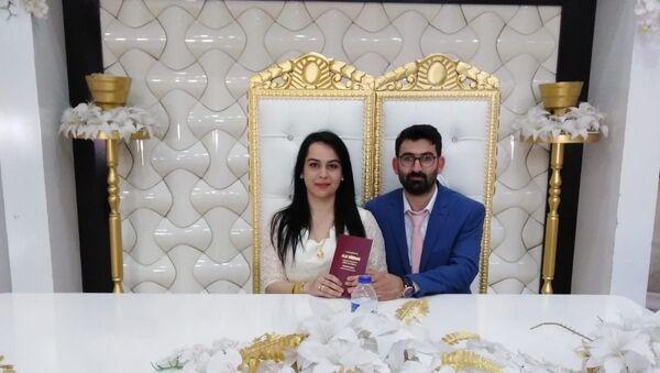 Damat yapılan 'resmi' yanlışlıkla kayınpederi ile evlendirildi - Sputnik Türkiye