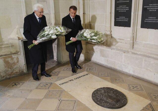 Leonardo Da Vinci: İtalya ve Fransa liderleri 500 yıl önce ölen Rönesans dahisinin mezarı başında bir araya geldi