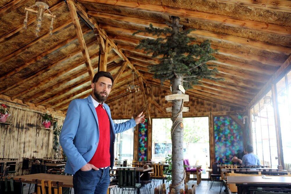 Kent merkezinde yaşayan, evli ve 3 çocuk babası Atila Turgut, 6 ay önce istihdam sağlamak için Yeşilırmak Mahallesi'nde bulunan harabe evleri satın aldı.