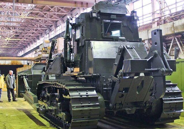 Rostec, yeni askeri traktörünü tanıttı
