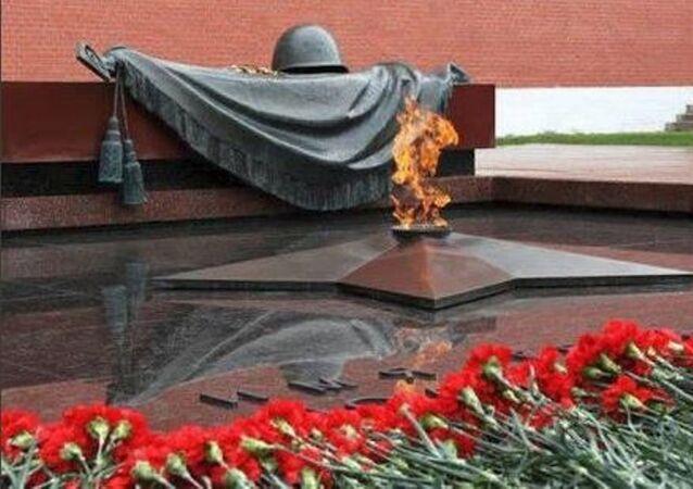 Rusya'nın İstanbul Başkonsolosluğu'nda Sovyetler'in Naziler'e karşı zaferinin 74. yıldönümü kutlandı