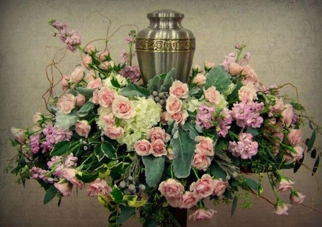 Kremasyon urn