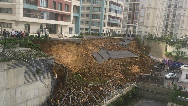 Başakşehir - İstinat duvarı çöktü - Sputnik Türkiye