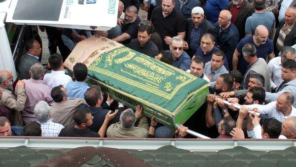 Siyanürlü şerbet içirme olayı - cenaze - Sputnik Türkiye