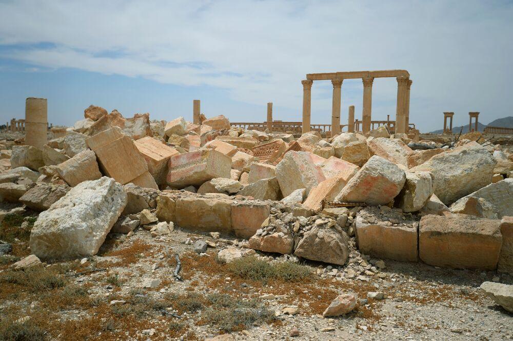 IŞİD teröristleri,  Baalşamin Tapınağı'nı 2015 yılının Ağustos ayında patlattı.  Suriye hükümeti, UNESCO Dünya Miras Listesi'nde yer alan tapınağı yeniden inşa etme çalışmalarını  2019 yılının Temmuz ayına doğru tamamlamayı planlıyor.
