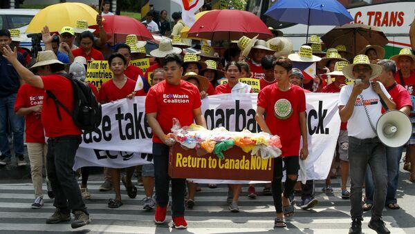Filipinler Kanada çöp krizi - Sputnik Türkiye