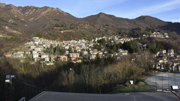 İtalya Esino Lario kasabası - Sputnik Türkiye