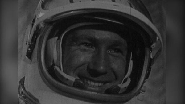 Kozmonot ve ressam: ilk uzay yürüyüşünü yapan Aleksey Leonov 85 yaşında - Sputnik Türkiye