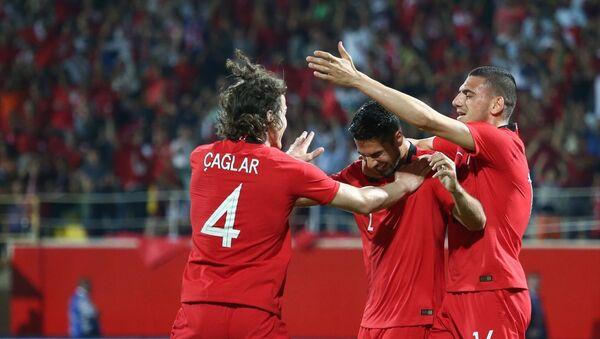 Türkiye özel maçta Özbekistan'ı Zeki'nin golleriyle yendi - Sputnik Türkiye