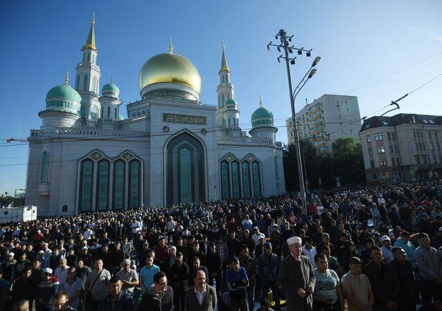 Yaklaşık 20 milyon Müslüman'ın yaşadığı Rusya'da 7 bin civarında cami ve mescit bulunuyor.