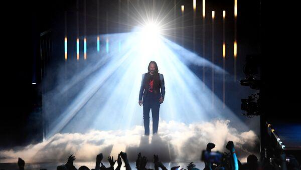 ABD'li oyuncu Keanu Reeves, 'Cyberpunk 2077'de Mr. Fusion adlı karakteri seslendirecek. - Sputnik Türkiye