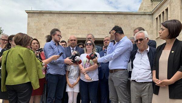 Çorlu tren faciasında yakınlarını yitiren aileler - Sputnik Türkiye