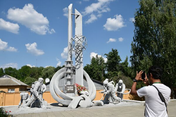 Çernobil'e düzenlenen turistik turlar - Sputnik Türkiye