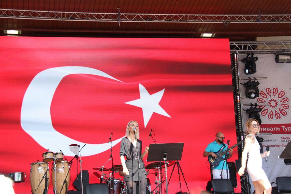 Moskova'daki Türkiye festivalinden bir kare