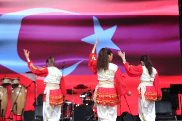 Festivalin 100 konuğuna Türkiye'de bedava tatil yapma şansı verilecek. - Sputnik Türkiye