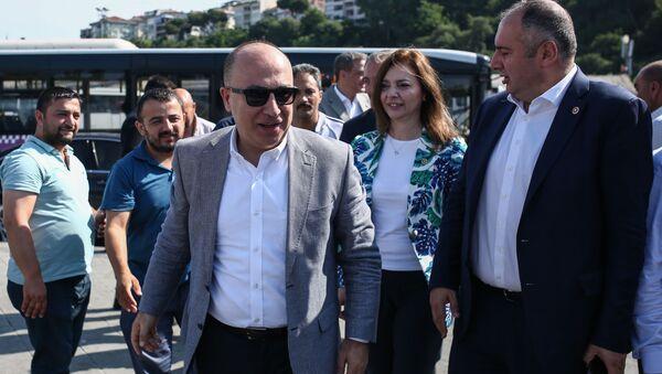İzzet Ulvi Yönter - Sputnik Türkiye