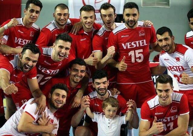 Türk A Milli Erkek Voleybol Takımı şampiyon oldu