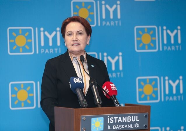 İYİ Parti Genel Başkanı Meral Akşener, partisinin İstanbul İl Başkanlığında düzenlediği basın toplantısında seçim değerlendirmesi yaptı.