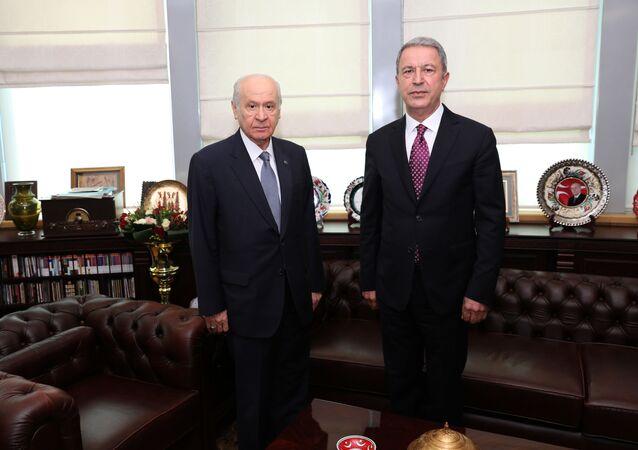 Milli Savunma Bakanı Hulusi Akar, Milliyetçi Hareket Partisi (MHP) Genel Başkanı Devlet Bahçeli