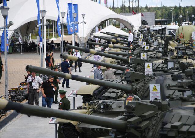 'ARMY-2019' Askeri Teknik Forumu ve Fuarı kapsamında Rusya'nın çeşitli silah üreticilerinin yepyeni ürünleri görücüye çıkarıldı.